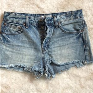 Cute free people cut off shorts size 26
